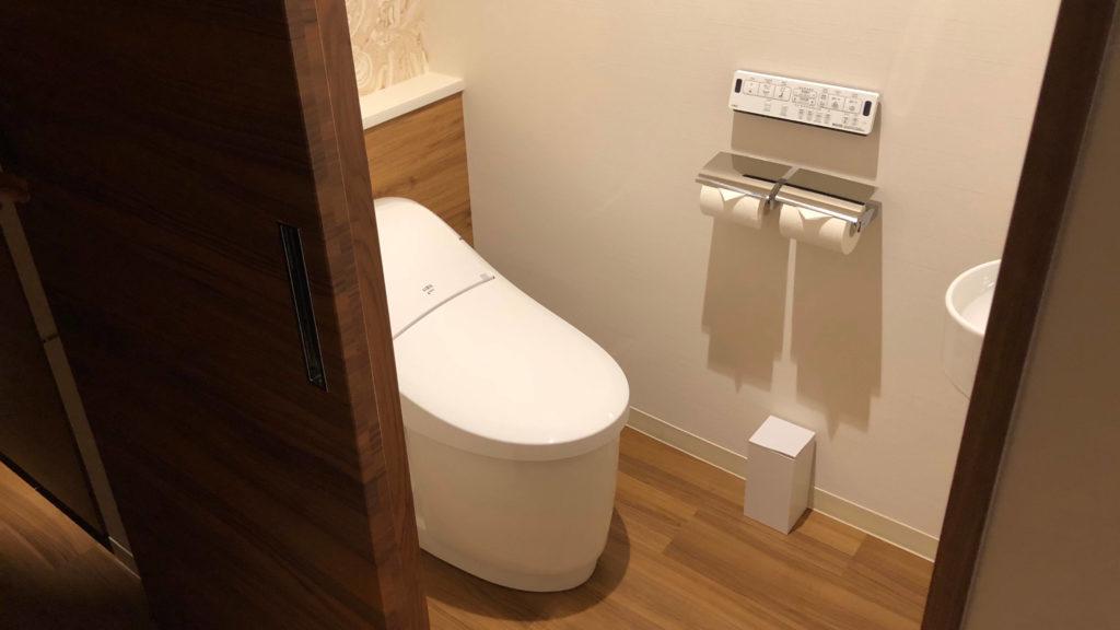 ホテル ユニバーサル ポート ヴィータ スパークルーム トイレ