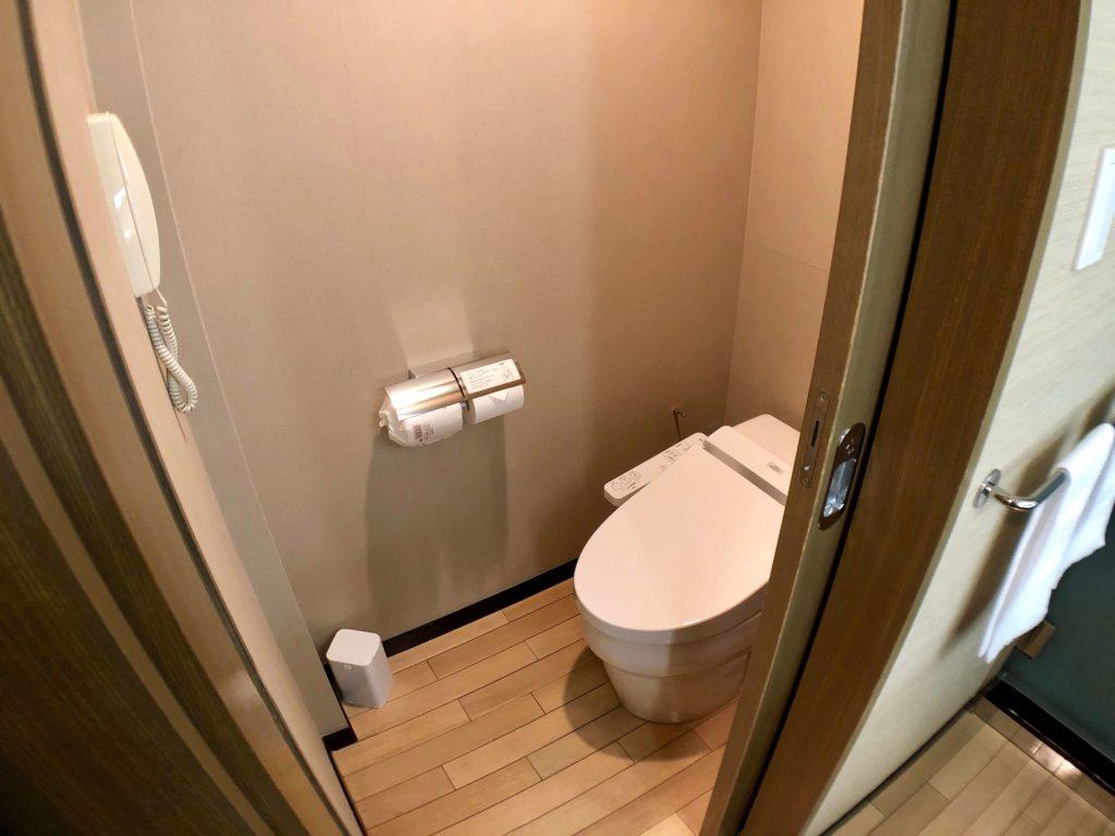 ホテル京阪 ユニバーサル・タワー タワーグランデ デラックスルーム トイレ